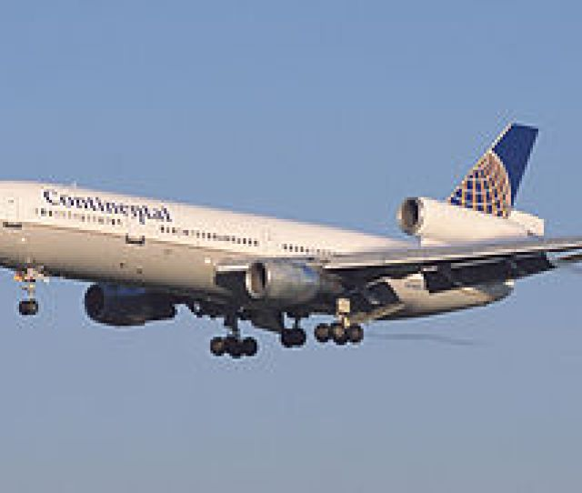 Continental Airlines Dc 10 Jpg