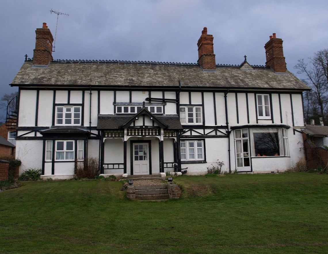 Donington Farmhouse Hotel