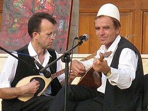 Nederlands: Deze beide heren zijn erg bekend i...