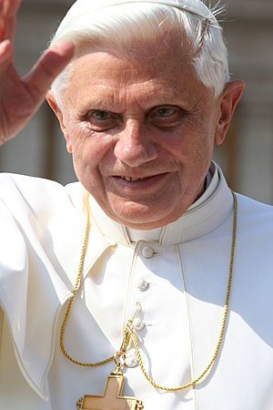 English: Pope Benedict XVI