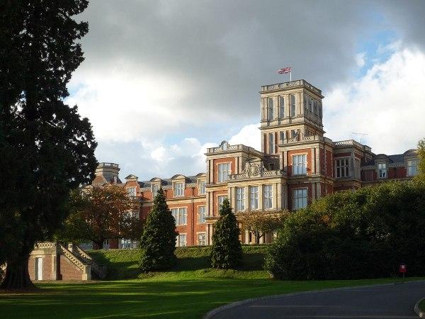 Royal Earlswood Hospital - Wikipedia