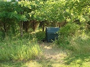 A green compost bin.