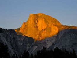 English: Sunset on Half Dome seen from near th...