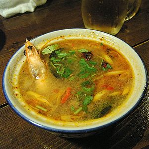 Tom yum in Kobe, Japan ไทย: ต้มยำ Removed wate...