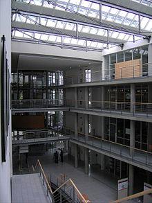 Atrium Weblio
