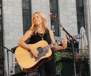 Sheryl Crow with guitar