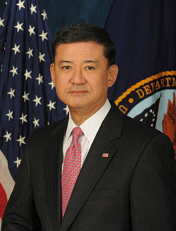 English: Official image of Secretary of Vetera...