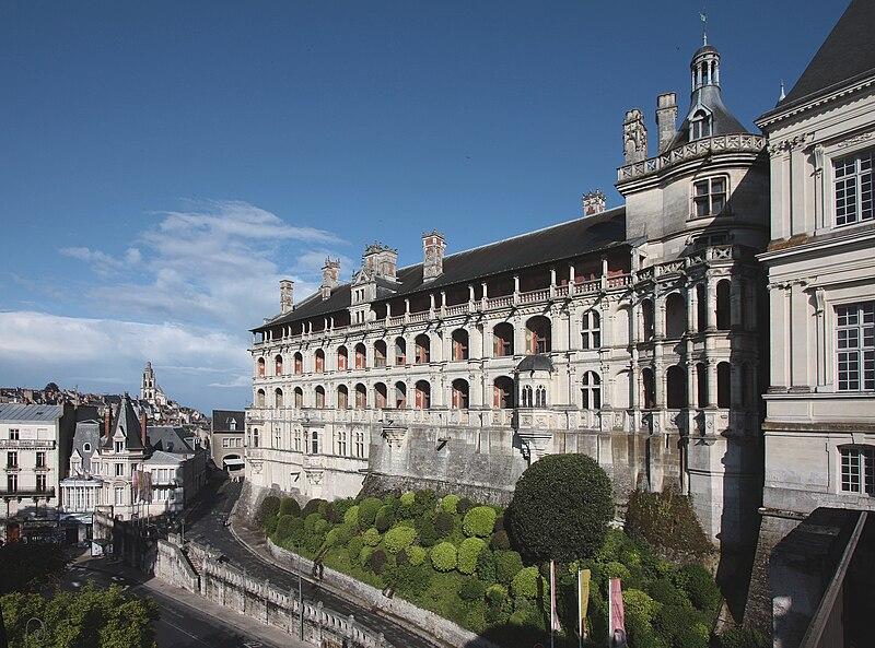 Blois01a