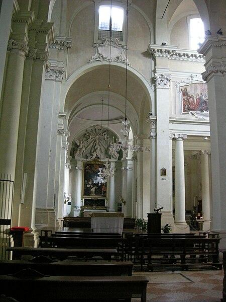 Plik: San Domenico, Bolonia, kaplicy prawej nawy, 01.JPG