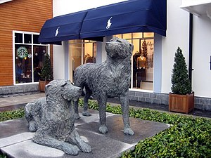 English: Bran & Sceolan In Kildare Village, Nu...