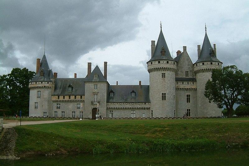 Château Sully sur Loire1