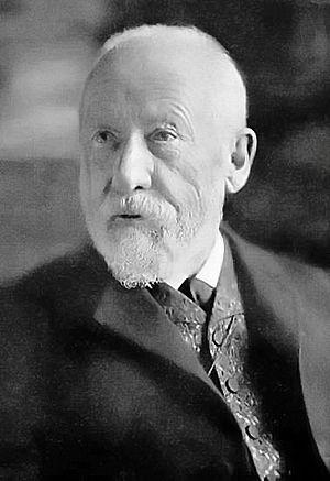 Deutsch: Wilhelm Dilthey (* 19. November 1833 ...