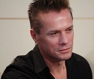 English: Larry Mullen Jr., U2