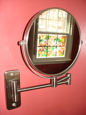 English: Wall Mounted Cosmetic Mirror Deutsch:...