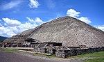 Piramide del Sol 072006.JPG