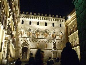 Siena, palazzo del monte dei paschi by night