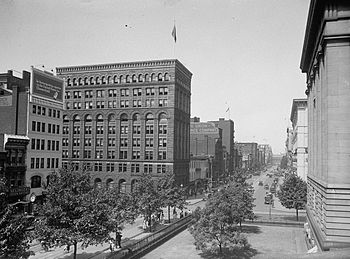 F Street NW, view from Patent Office - Washing...