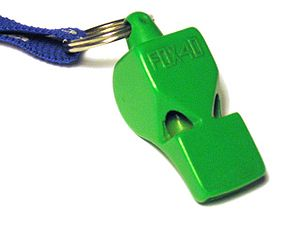 English: A Fox 40 whistle from the late 1980s.