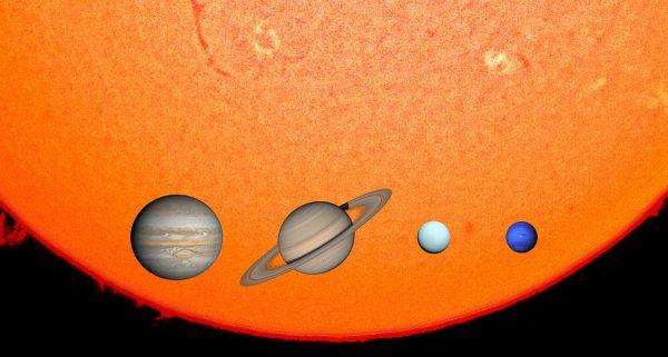 Giant planet - Wikipedia