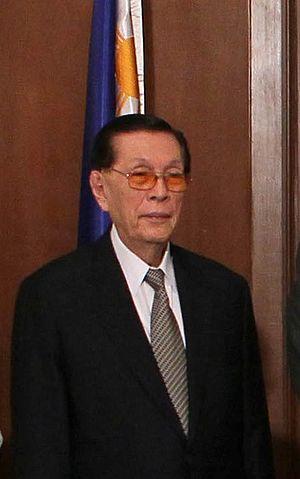 English: Cropped photo of Philippine Senate Pr...