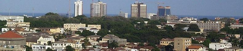 Panorama general de los suburbios que rodean el distrito central de negocios de Acra, la capital de la Gran Acra, 2008.