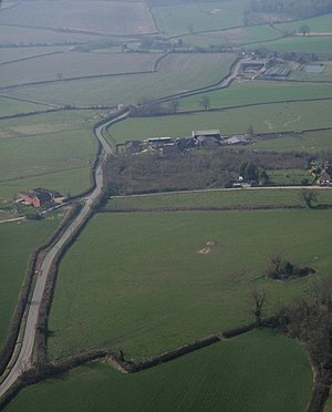 English: Grove End from the air The road from ...