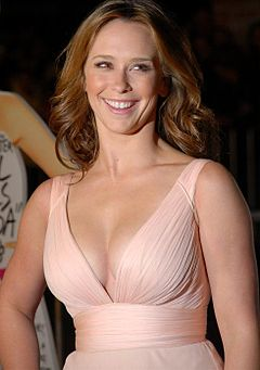 Jennifer Love Hewitt – Wikipedia