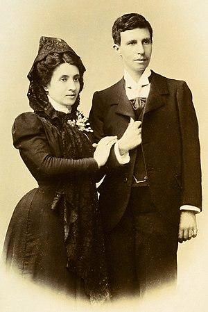 Marcela Gracia Ibeas y Elisa Sánchez Loriga, m...