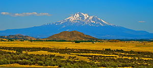 English: Mount Shasta, a volcano in the Cascad...