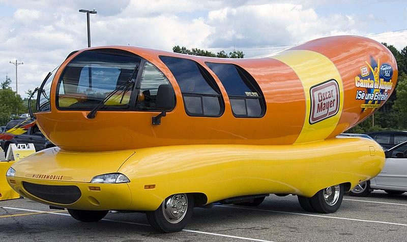 File:Wienermobile-Bologna.jpg