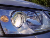 Xenon projector low beam headlamp illuminated on a Saab 9-5.