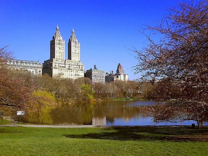 File:Central Park Lake & San Remo.jpg