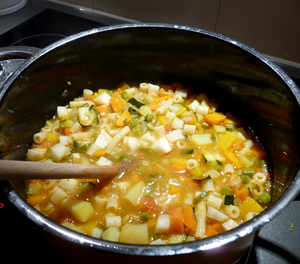 Deutsch: Minestrone