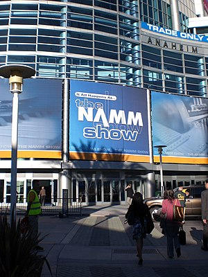 pics of the Anaheim covention center where win...