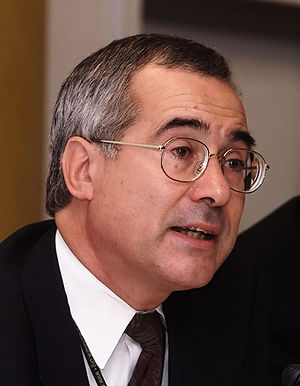 Nicholas Stern, Chief Economist and Senior Vic...