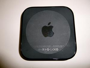 English: The new, second-generation Apple TV. ...