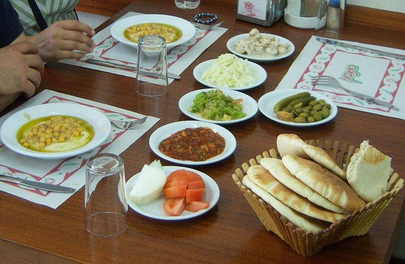 File:Cucina israeliana.JPG