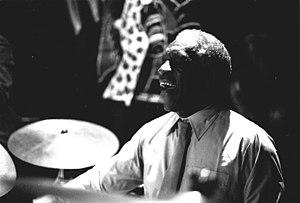 Le batteur américain de jazz Art Blakey en con...