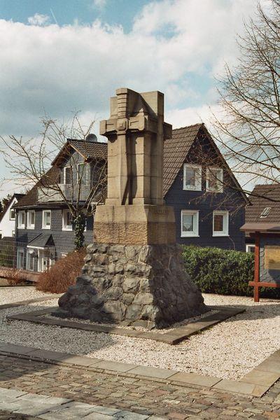 Datei:Denkmal Engelbert01.jpg