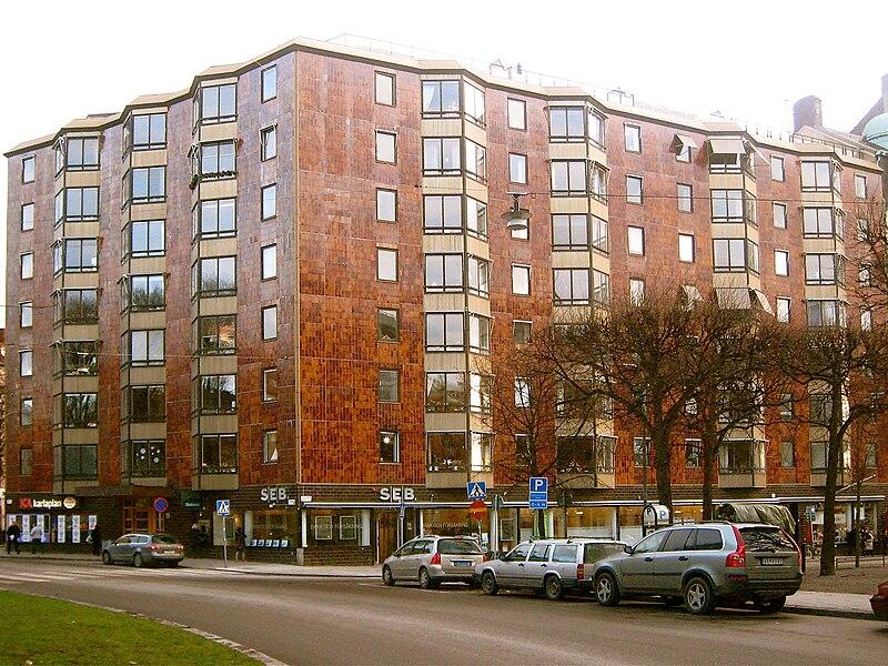 """Karlavägen 82, i """"Strindbergshuset"""", byggt 1969, bodde Ingmar Bergman fram till 2003."""