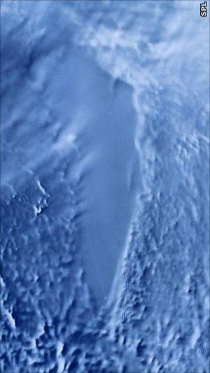 English: RADARSAT image of Lake Vostok, Antartica.
