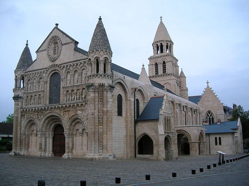 fasada kościoła Notre-Dame-la-Grande w Poitiers