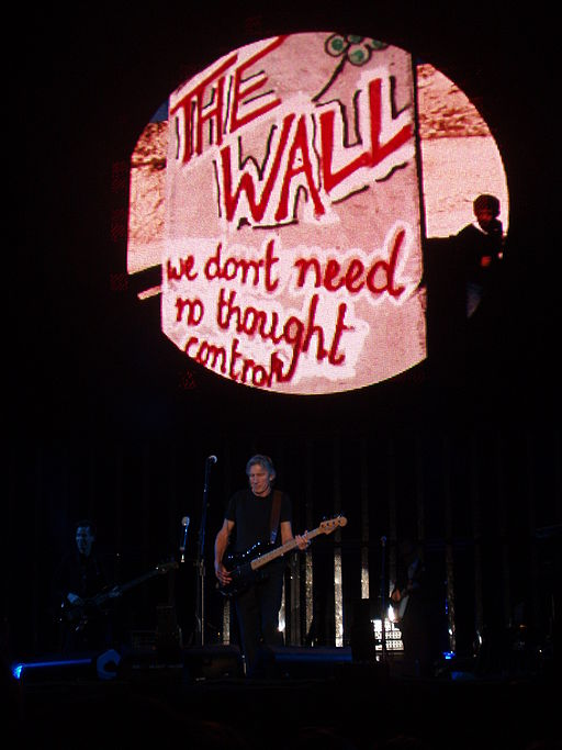 Roger Waters concert 11