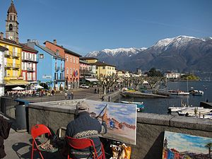 English: Artist along the waterfront in Ascona...