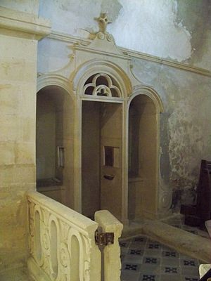 Français : Confessional de l'église de Lacoste...