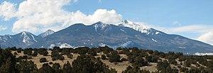 English: San Francisco Peaks seen from U.S. Ro...