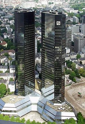 Skyscraper - Headquarter of Deutsche Bank AG i...
