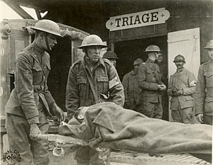 Wounded arriving at triage station, Suippes, F...