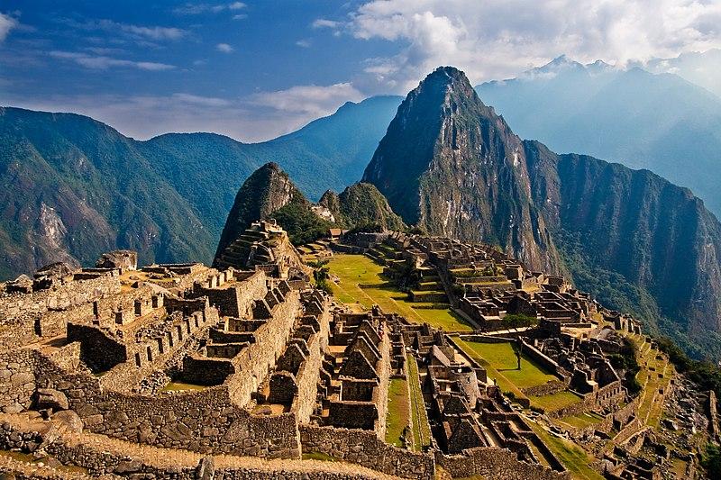 Berkas:Machu Picchu, Peru.jpg