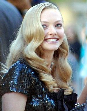 English: Amanda Seyfried, Chloe premiere - Roy...
